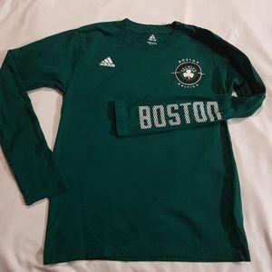 Euc Adidas Boston Celtics kids 10/12 shirt